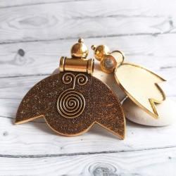Pandantiv auriu antichizat cu spirala 57x62mm